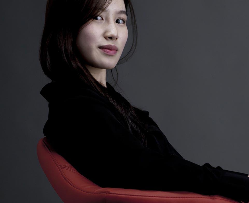 stylist-singlepost-asianwoman2